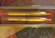 Подарочный набор сияющих золотистых ручек новый